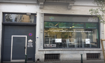 Notre boutique sociale d'informatique à Bruxelles